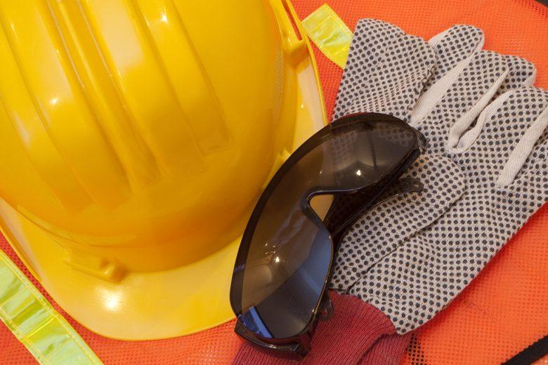 3 Ways PPE Use Improves with Human Factors Training – SafeStart