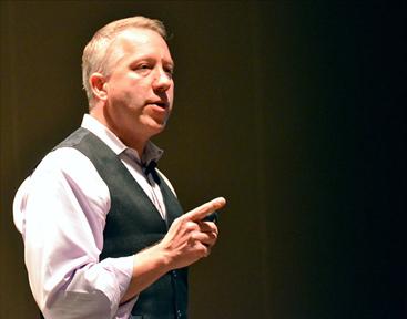 Scott Mautz presenting