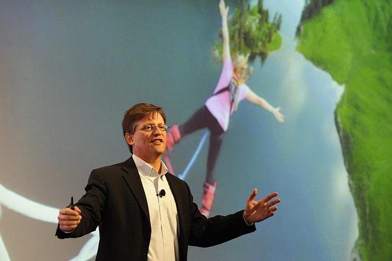 Rodd Wagner presenting