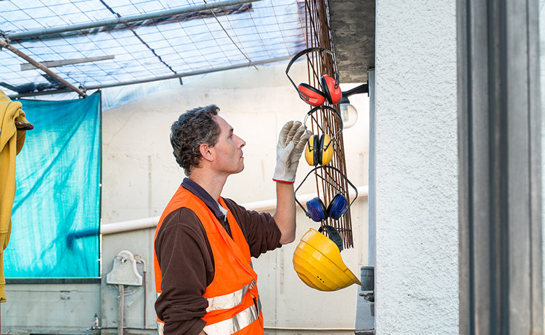 Protective ear muffs. Concept of prevention and safety at work